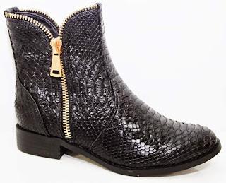 http://www.ebay.fr/itm/bottines-femme-originales-facon-serpent-python-noir-noires-zip-dore-mode-superbe-/291449728994?ssPageName=STRK:MESE:IT