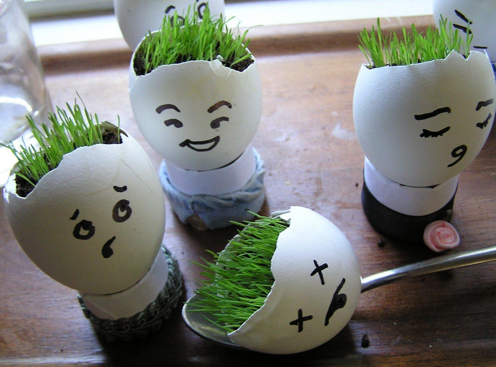 Поделки из целых яиц