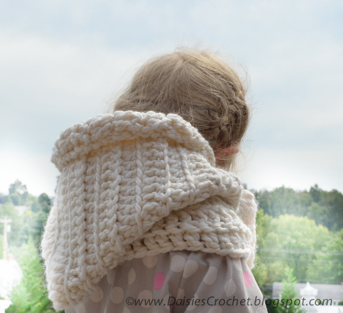 Daisies Crochet Crochet Hooded Scarf Pattern