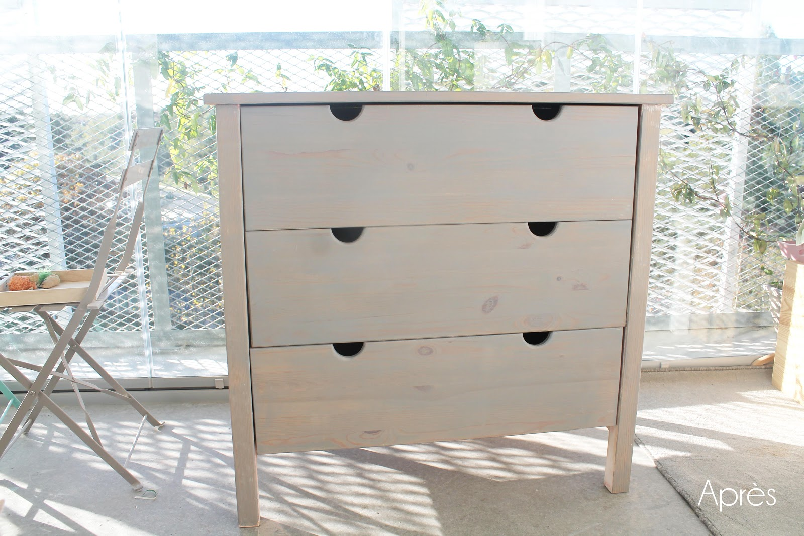 Relooker une commode en pin avec du badigeon tuto for Commode pin ikea