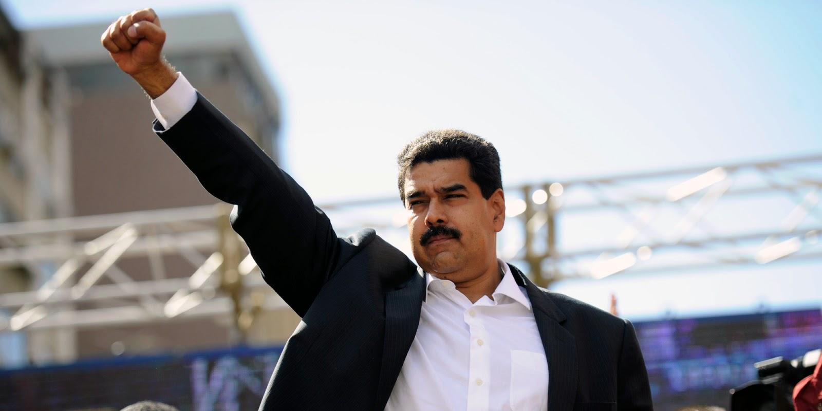 Venezuela Nicolás Maduro puño