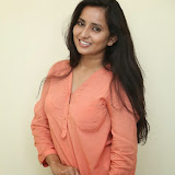 Ishika Singh New Photos 19