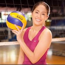 Gretchen Ho Height - How Tall