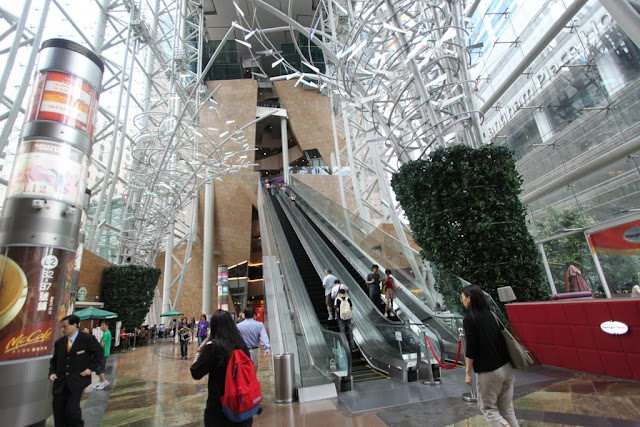 The typical scene location has appeared in many TVB HK drama series at Langham Place shopping mall in Mongkok, Hong Kong