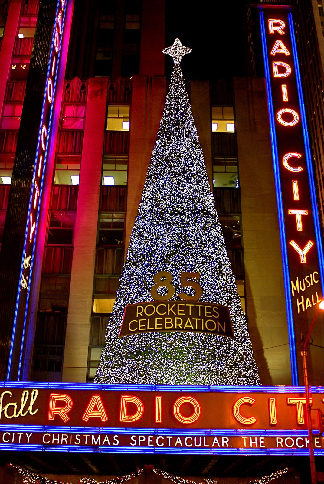 NYC ♥ NYC: Radio City Christmas Spectacular Celebrating 85 Years ...