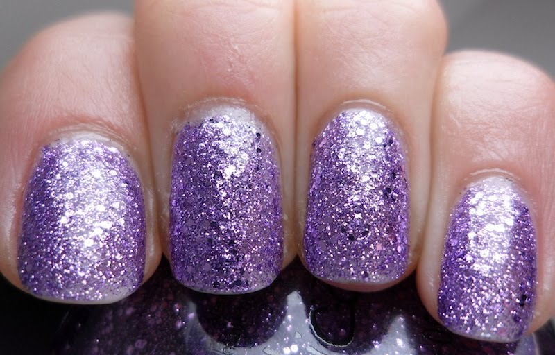 Polish or Perish: Nicole by OPI One Less Lonely Glitter (...yes ...
