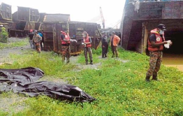 Penduduk gempar temui dua mayat lelaki terapung di Sungai Langat