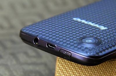 Spesifikasi dan Harga Lenovo A800 Android Dual-Core Murah