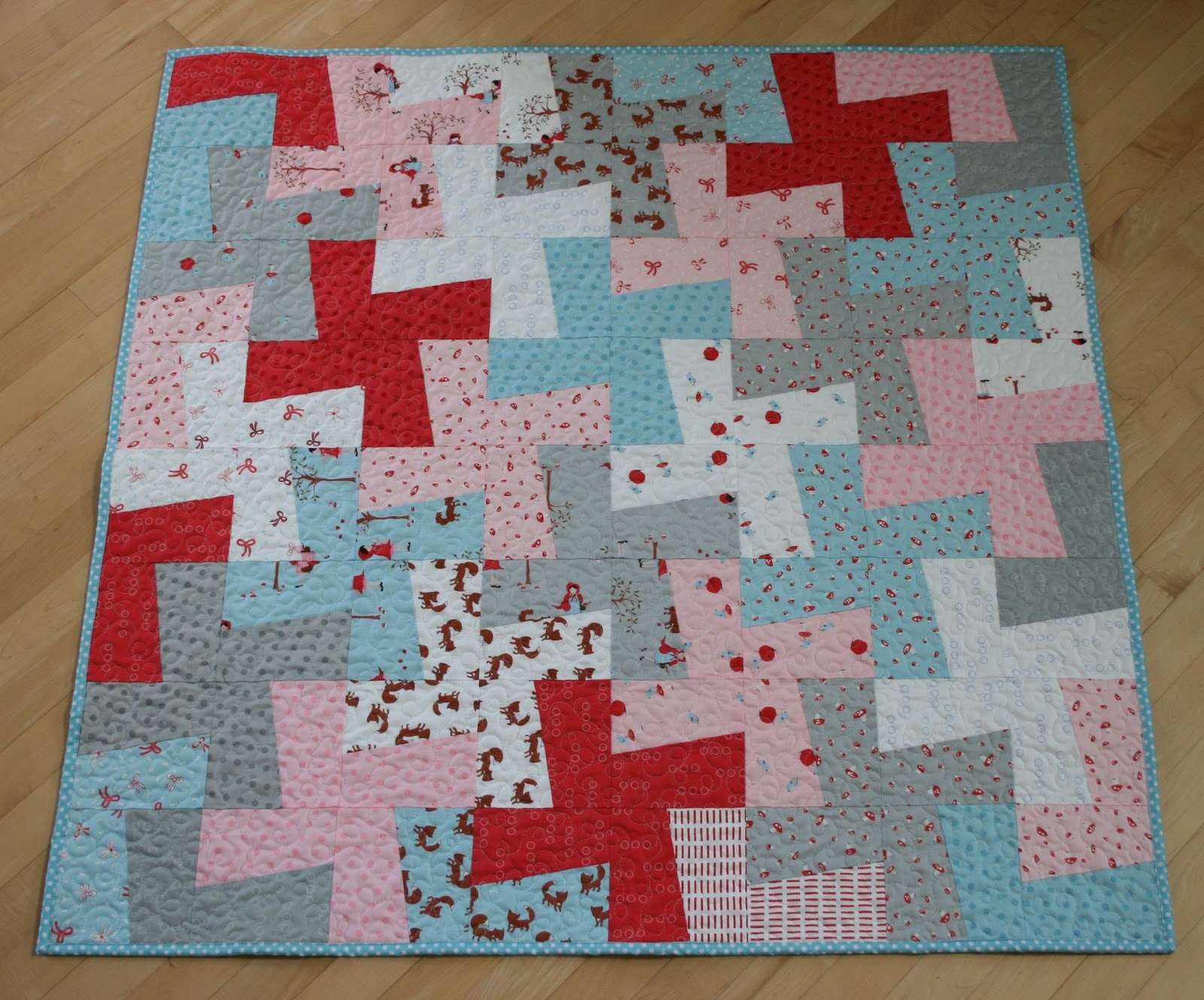 Layer Cake Quilt Square Patterns : crazy mom quilts: finish it up Friday, week 14