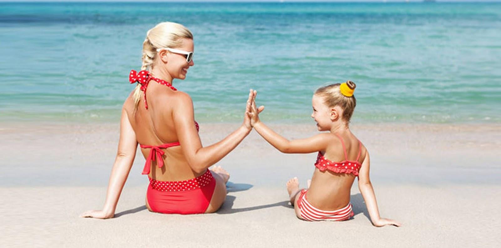 Фото с пляжей мам и дочек 19 фотография