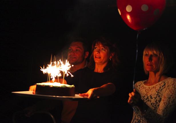 2012 PORN.CAKE