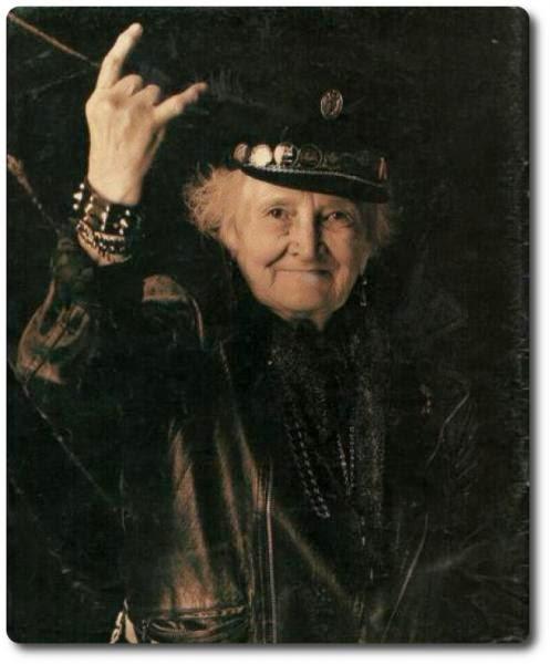 Abuela Rockera (Abuela Ángeles)