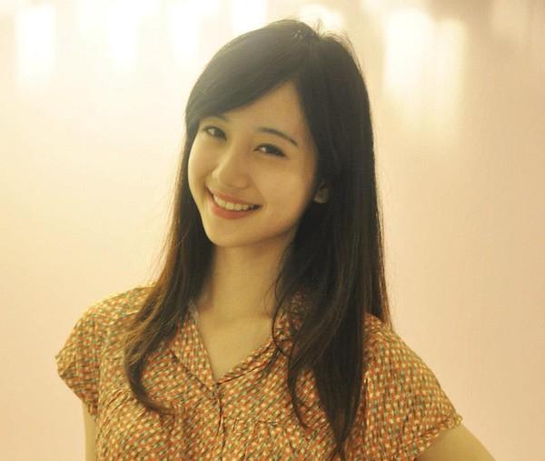 Ngắm ảnh hot girl Jun Vũ, cô gái 9x xinh đẹp