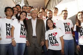 """La lider del """"Yo soy 132"""" también es lidereza de Morenaje, organización de AMLO."""