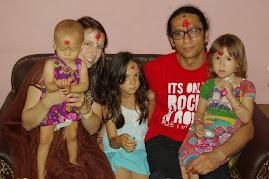 Med familjen i Nepal