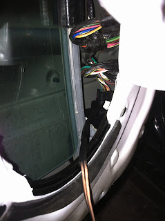 Jeep Liberty With Infinity Sound System Front Speaker Replacement