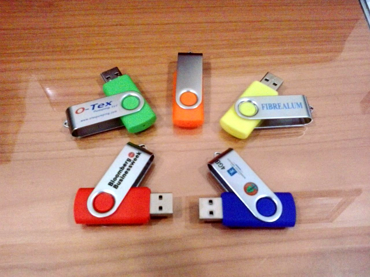 https://res.cloudinary.com/daydapk4h/image/upload/v1516353465/jual-flashdisk-kartu-promosi_newr7o.jpg