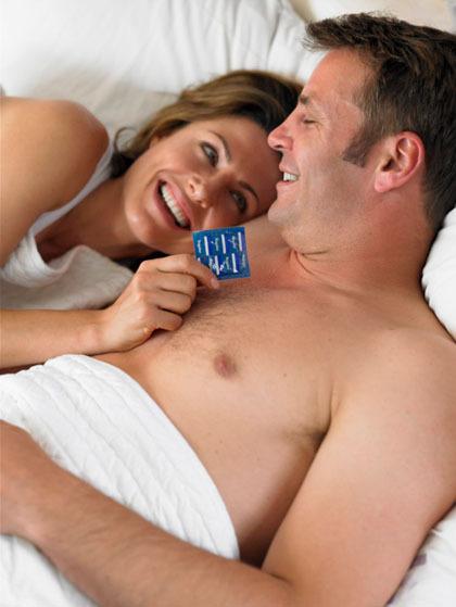 5 Alasan Pasangan Tak Suka Bercinta Pakai Kondom