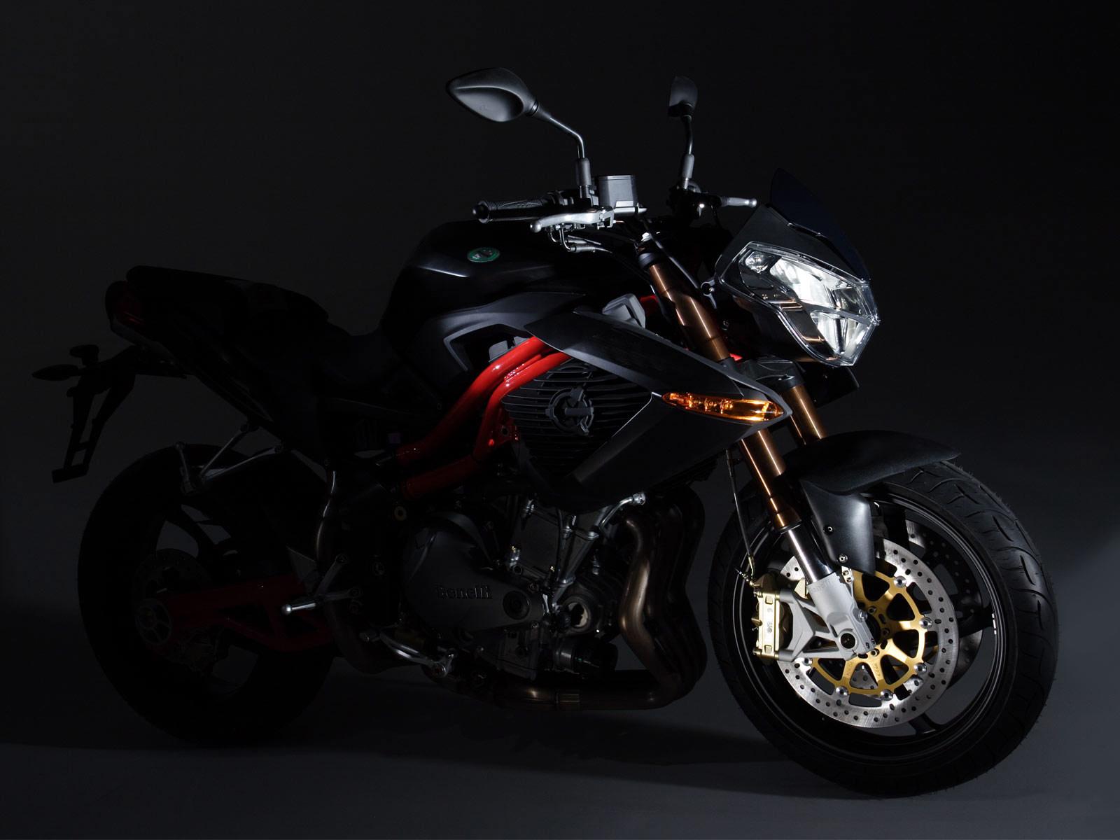 http://2.bp.blogspot.com/-p2fEEiFdwEM/Tr22XogXfUI/AAAAAAAADtA/L_t8PPPIftA/s1600/2006_Benelli-TNT-Sport_motorcycle-desktop-wallpaper_4.jpg