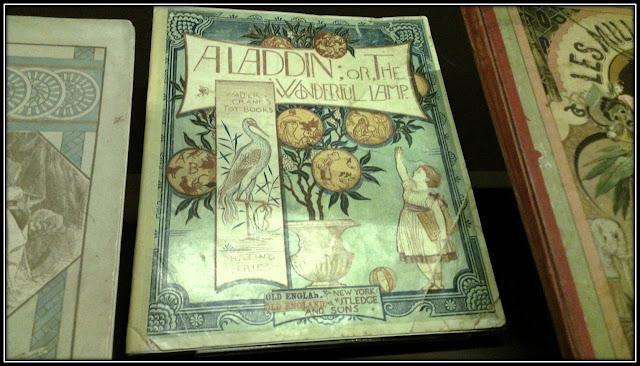 Manuscrit ALADDIN et la lampe merveilleuse, expo 1001 nuits Institut Monde Arabe Paris 5ème