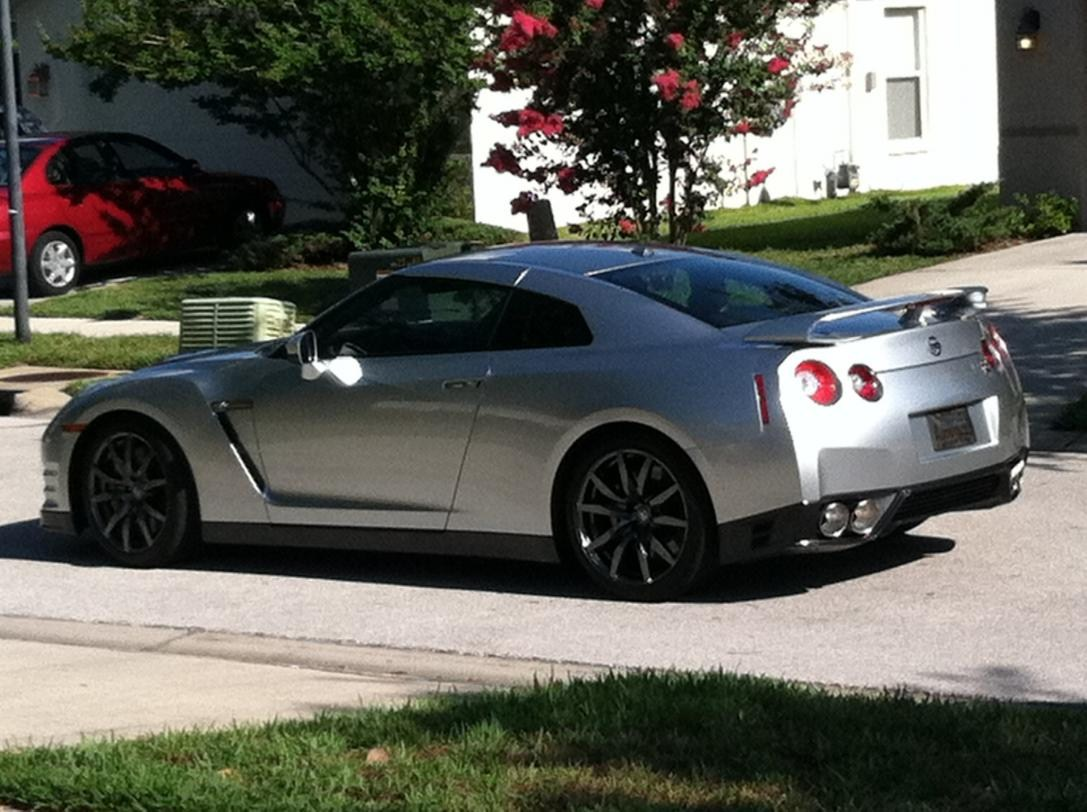 2014 Nissan skyline gtr Photos