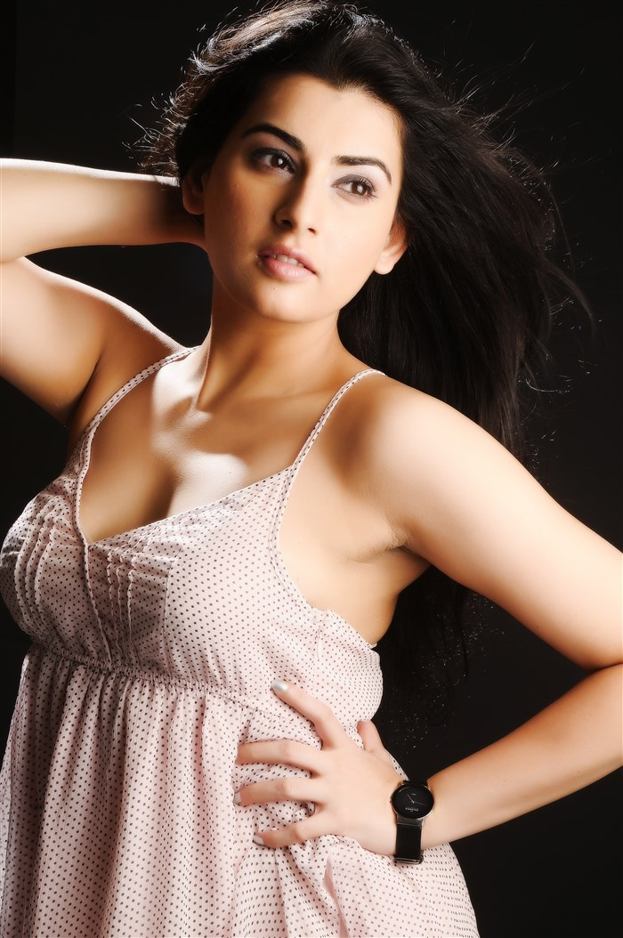 Actress Archana [Veda] New Portfolio Images