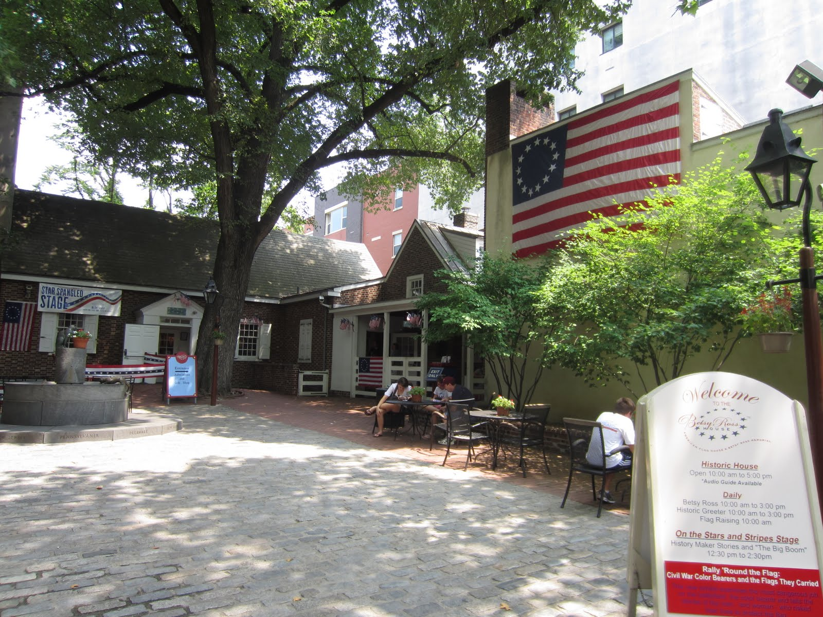 We Three Teachers: Betsy Ross and the American Flag