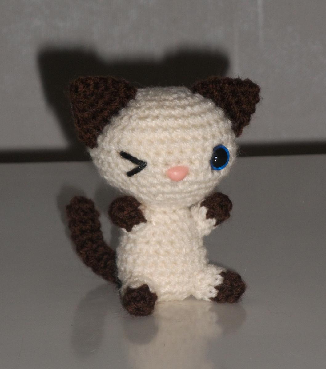 Amigurumi Oyuncak Yapimi Anlatimli : Strange or Cute: Kissa ja nalle amigurumi (ohje)