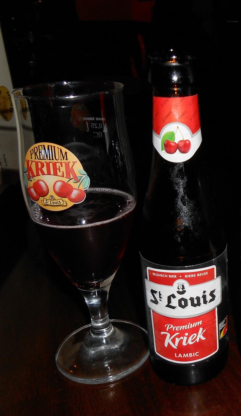 cerveza de cerezas St. Louis Premium Kriek beer