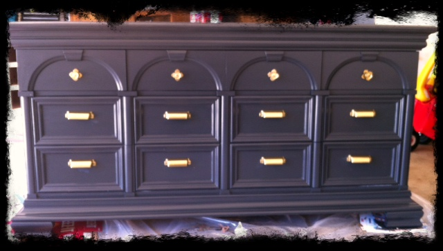Painted vintage thomasville dresser