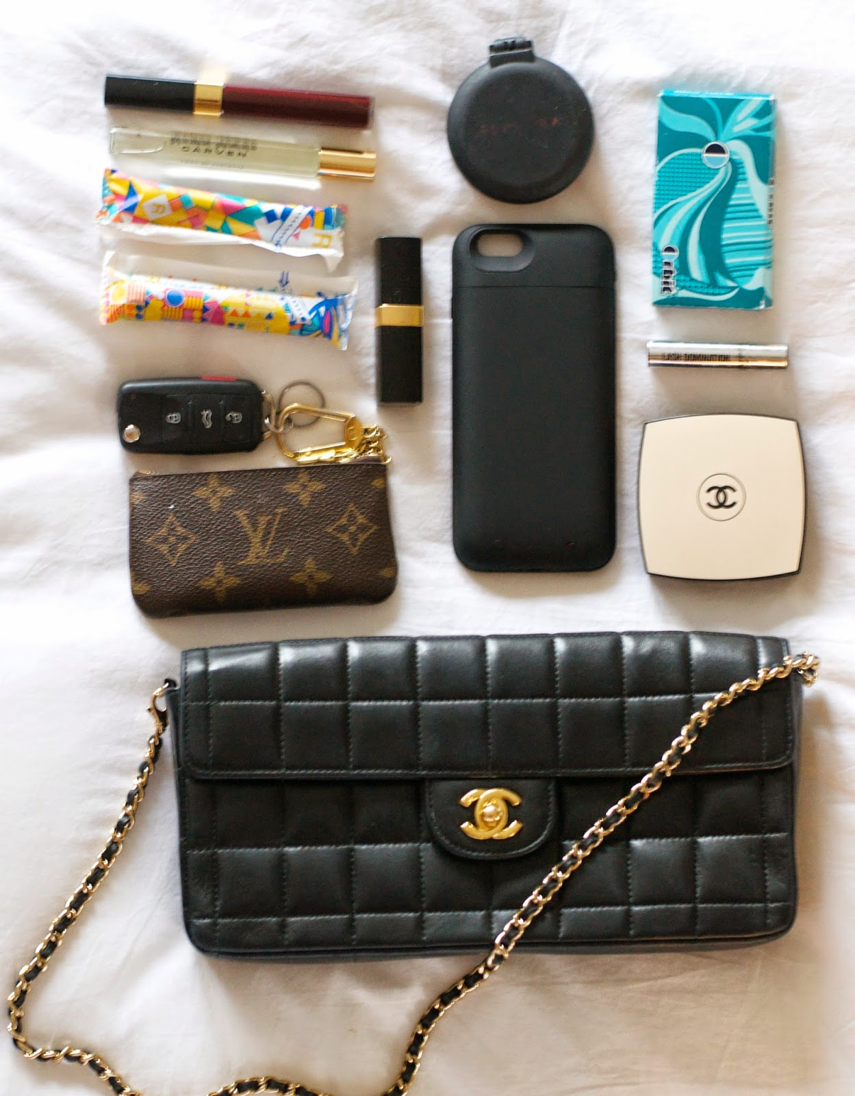 Everything I bring to a wedding in my Chanel bag