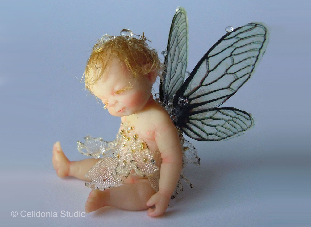 Baby Fairy with Dewdrop