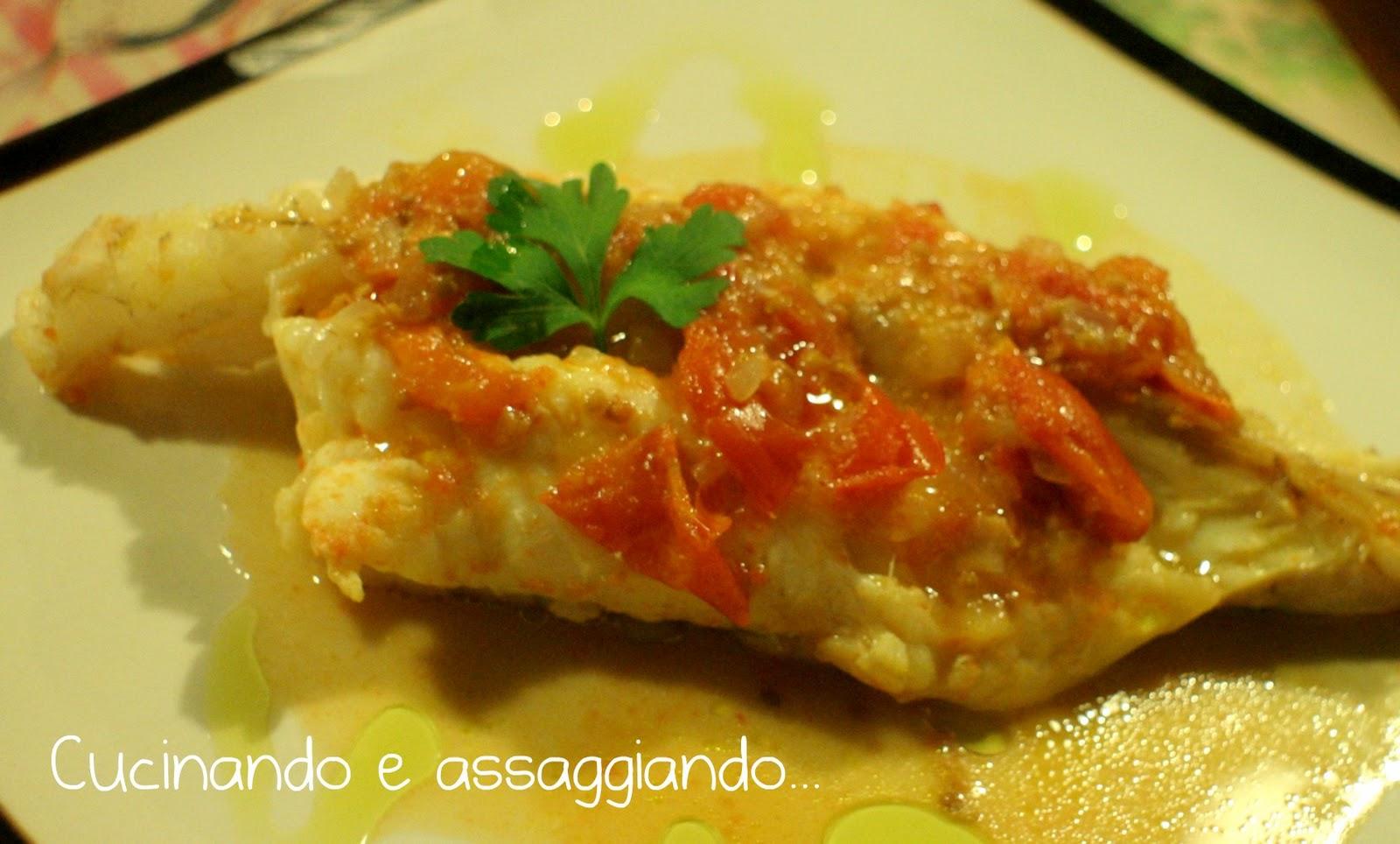 Cucinando e assaggiando...: Coda di rospo con Pomodorini del Piennolo