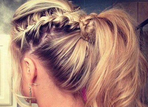 peinados simples con trenzas cosidas