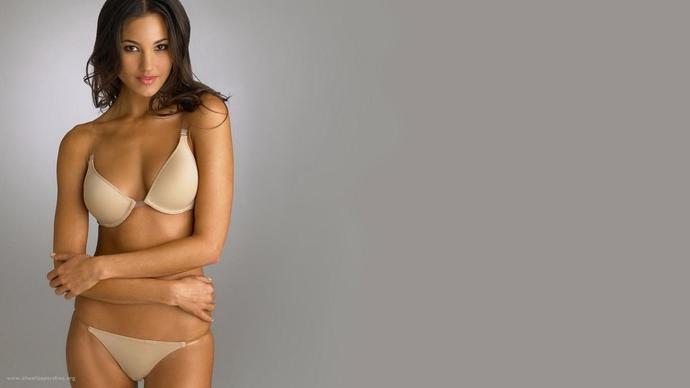 http://2.bp.blogspot.com/-p3QlIq7rcww/T8OGLQ3B7WI/AAAAAAAAHj8/EEYRp0CfR7o/s1600/super+Bikni+And+LIngerie+Girls+%252813%2529.jpg