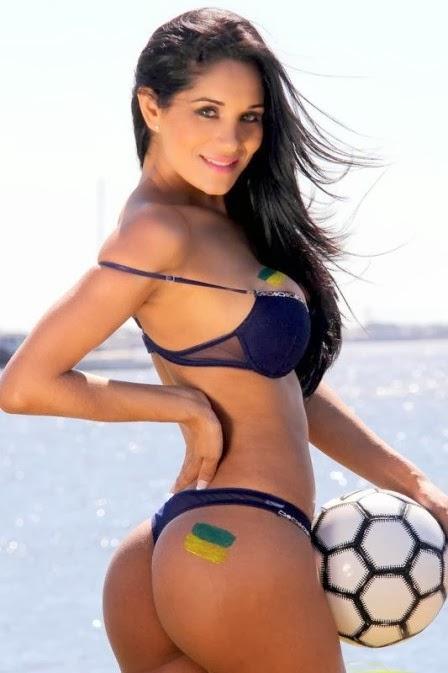 Carol Mendez musa da torcida do Paraguai