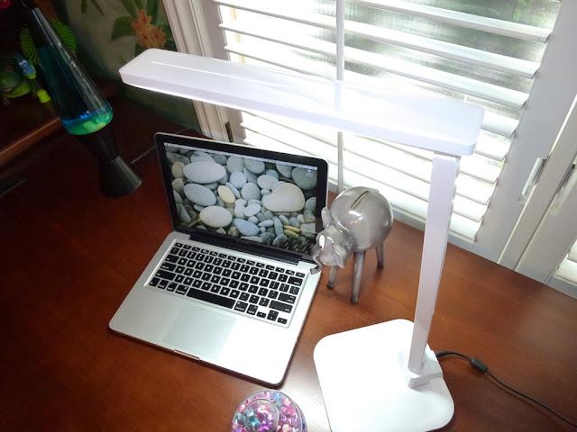 Remarkable Best Led Desk Lamp Lightblade 1500 By Lumiy Lumiy Download Free Architecture Designs Momecebritishbridgeorg