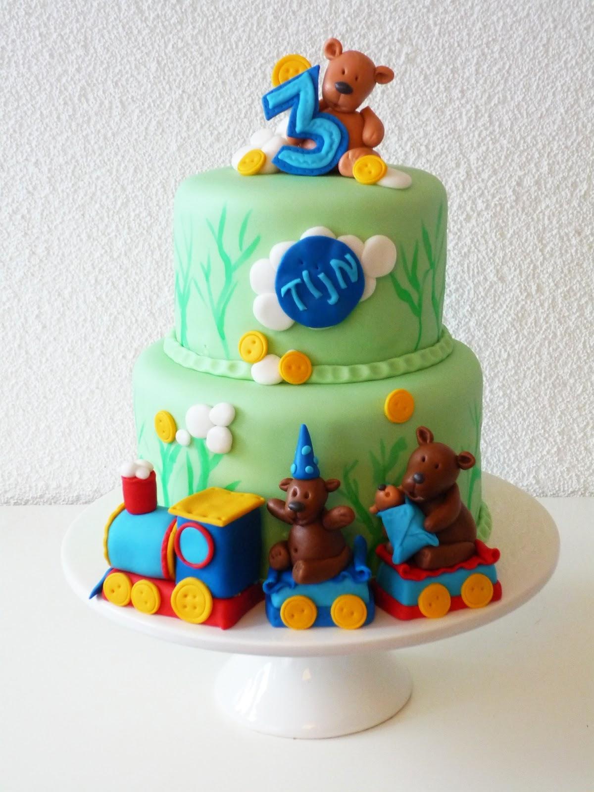 Favoriete Karen Anne Cakes: Trein taart met geboetseerde beren familie @HG-52