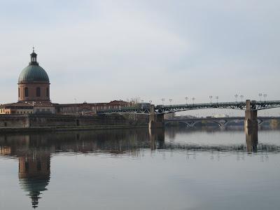 rio Garona en Toulouse, nacio Carlos Gardel, hospital san Jose de la Grave, saint Joseph Grave