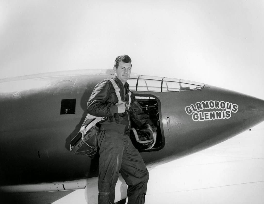 Charles Elwood Yeager, Orang Pertama Yang Menerbangkan Pesawat Melebihi Kecepatan Suara