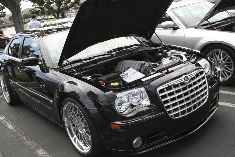 2006 chrysler 300c srt8 the momentum continues car and. Black Bedroom Furniture Sets. Home Design Ideas
