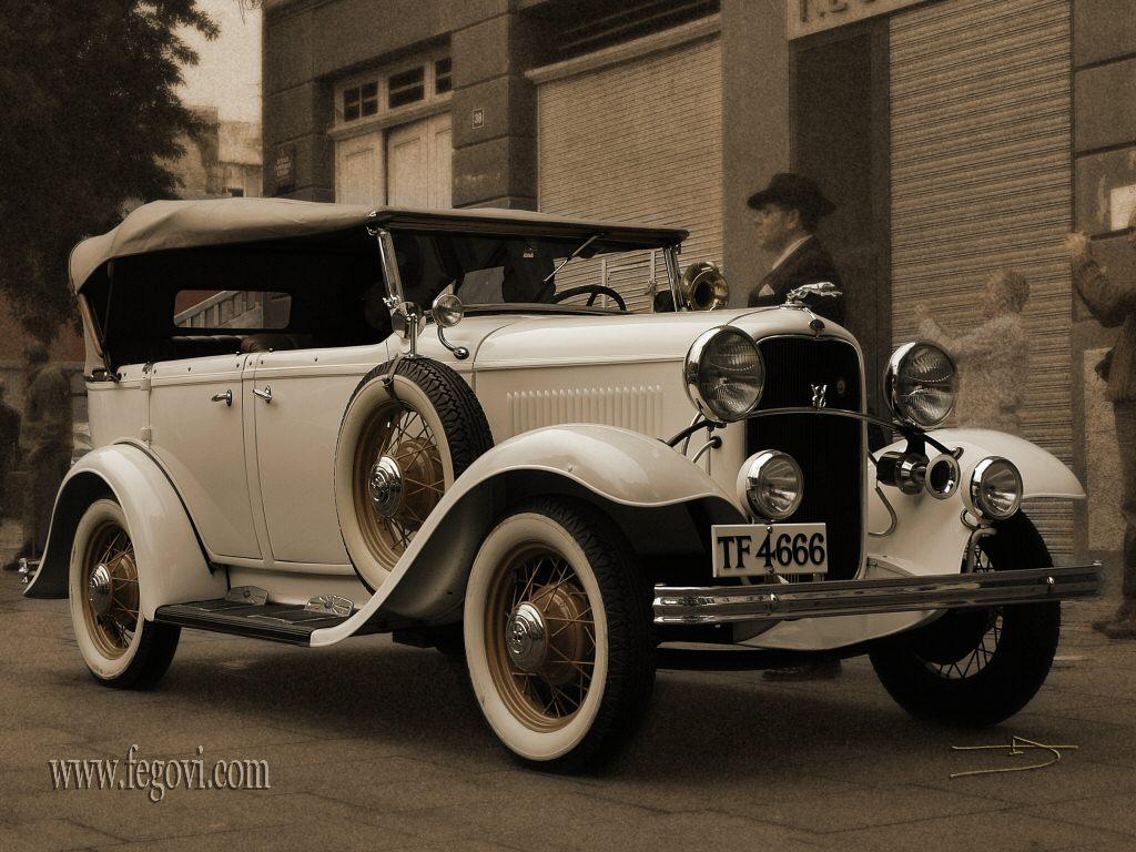 http://2.bp.blogspot.com/-p4_m0vKtP0I/TplNJxfJCtI/AAAAAAAAAyo/Bw4SWYMPshQ/s1600/old-car-wallpaper-4.jpg