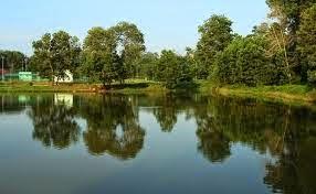 Eloknya Wisata Danau Limbungan