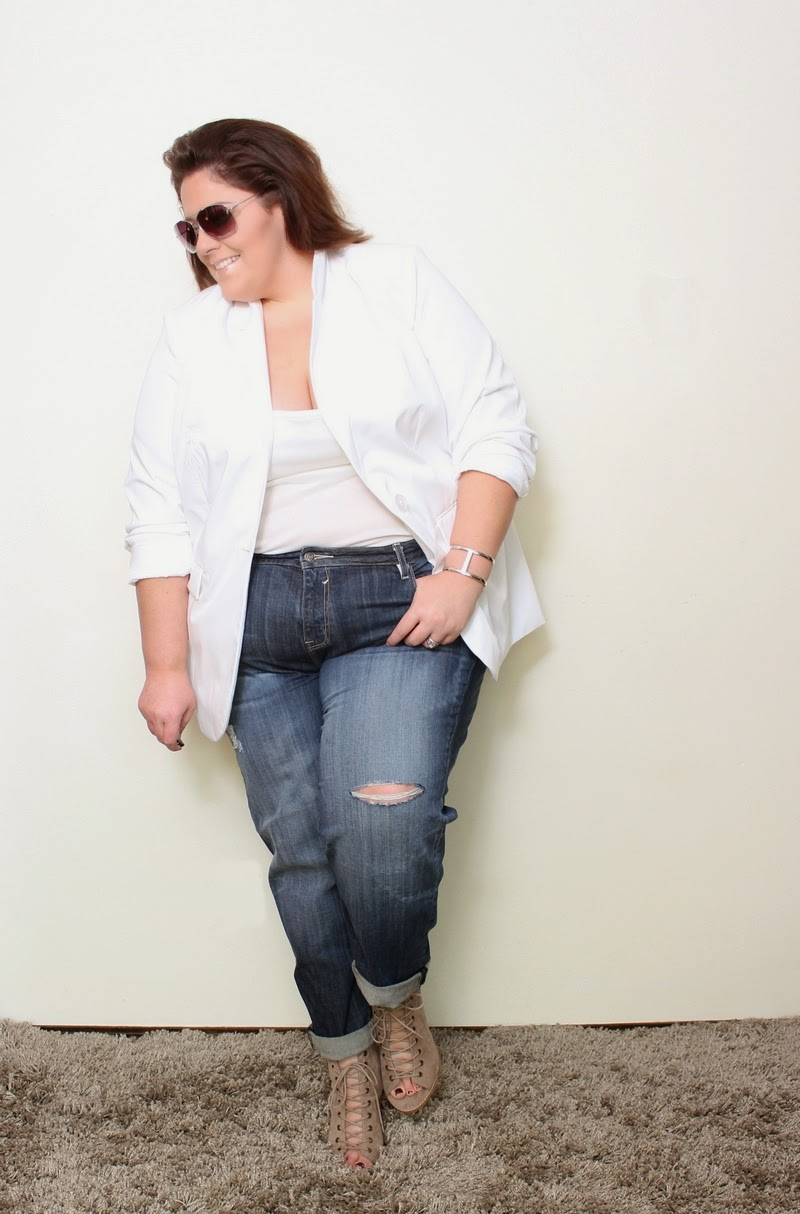 e17e3a779e6 The ultimate white plus size boyfriend blazer look - Life and Style ...