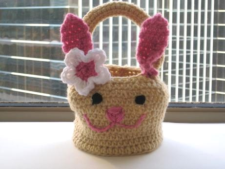 Free Crochet Patterns For Easter Bunny Baskets : Crochet Dreamz: Bunny Basket Crochet Pattern ( Free Pattern)