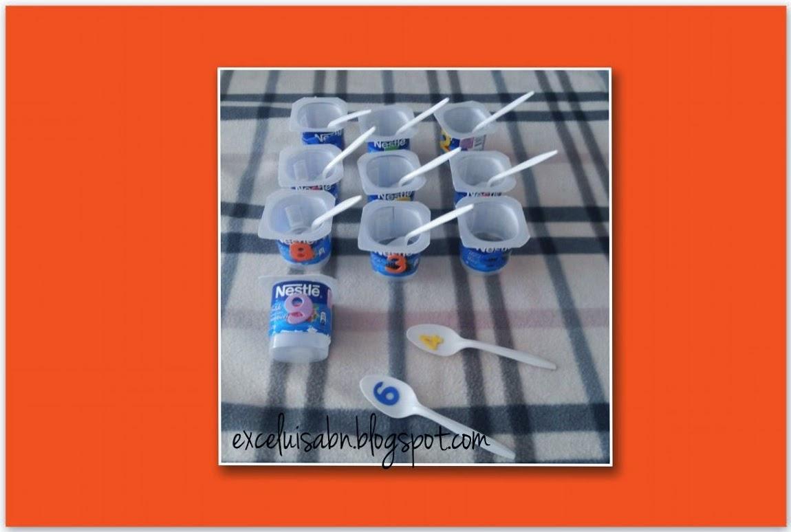 Numeración con envases de yogurt y cucharas desechables