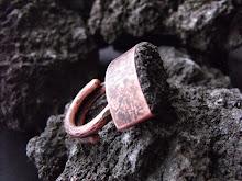 Anillo cobre envejecido, piedra volcánica rustica, tamaño ajustable¡¡ (244)