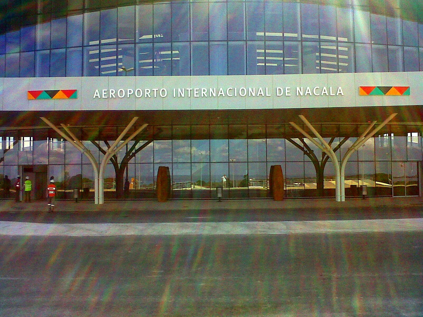 Aeroporto Beira Da Praia : Nandi iwe nacala porto aeroporto internacional de