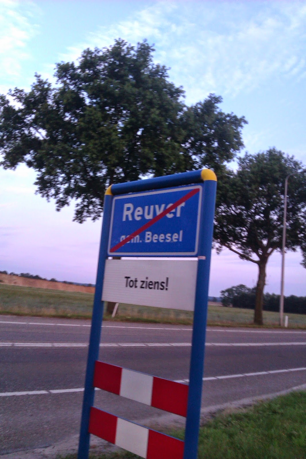"Sign of Reuver ""Tot ziens!"" See you later"