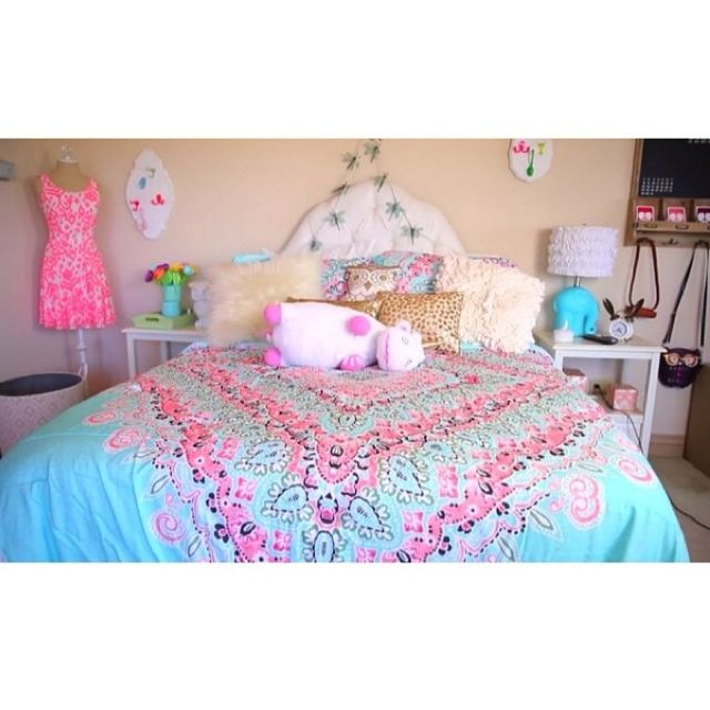 bethany mota bedroom. Extras  A Girls Guide To Life